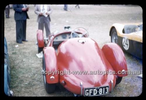 Albert Park 1956 - Photographer Peter D'Abbs - Code 56-AP-028