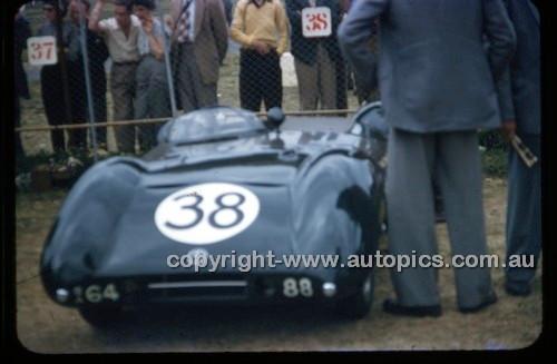 Albert Park 1956 - Photographer Peter D'Abbs - Code 56-AP-029
