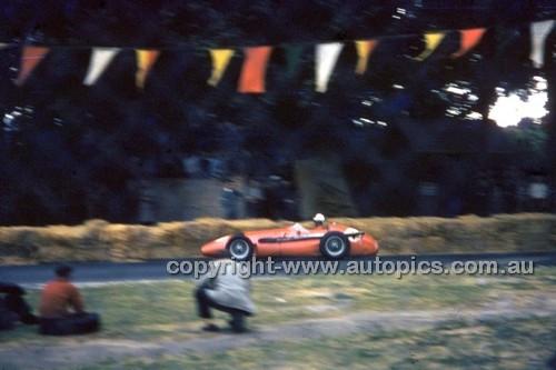 Albert Park 1956 - Photographer Peter D'Abbs - Code 56-AP-034