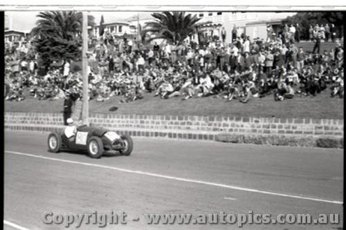 Geelong Sprints 28th August 1960 - Photographer Peter D'Abbs - Code G28860-10
