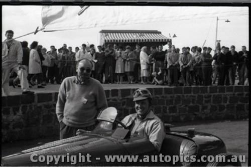 Geelong Sprints 28th August 1960 - Photographer Peter D'Abbs - Code G28860-16