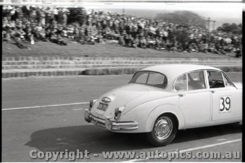 Geelong Sprints 28th August 1960 - Photographer Peter D'Abbs - Code G28860-20