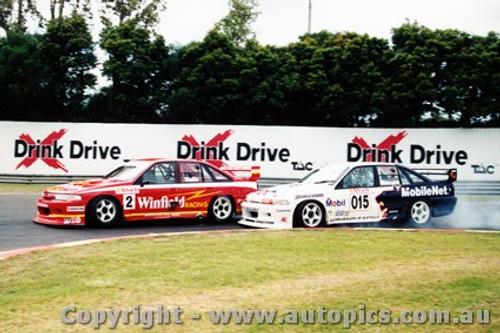 94005  -  M. Skaife and T. Mezera Holden Commodore VP - Sandown 1994