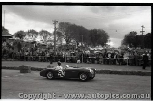 Geelong Sprints 28th August 1960 - Photographer Peter D'Abbs - Code G28860-29