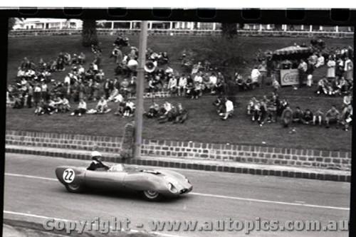 Geelong Sprints 28th August 1960 - Photographer Peter D'Abbs - Code G28860-35