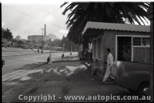 Geelong Sprints 28th August 1960 - Photographer Peter D'Abbs - Code G28860-105
