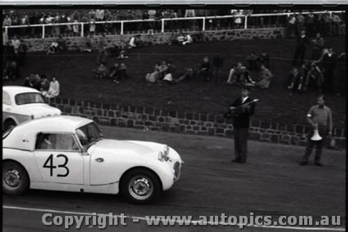Geelong Sprints 28th August 1960 - Photographer Peter D'Abbs - Code G28860-109