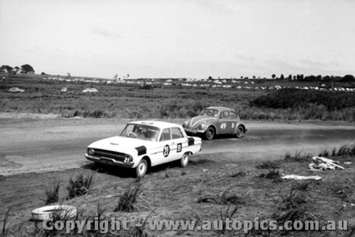62702 - Firth / Jane  Ford Falcon Whiteford / Molina Volkswagen VW - Armstrong 500 - Phillip Island 1962