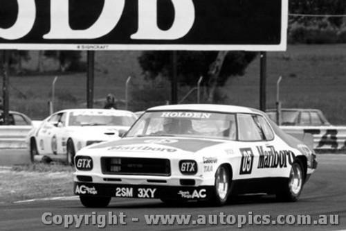 78007 - P. Brock Holden Monaro and J. Richards Ford Falcon - Calder 1978