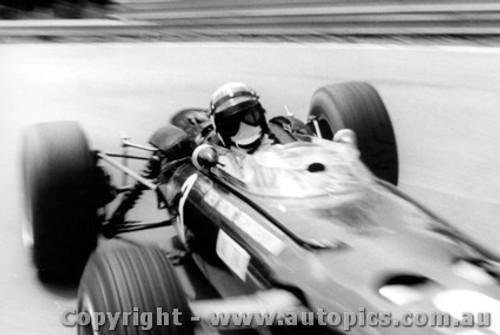 67523 - J. Stewart BRM - Warwick Farm 1967