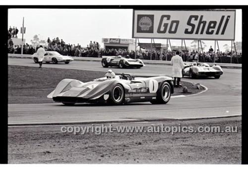 Calder 1969 - Photographer Peter D'Abbs - Code 69-PD-C17869-048