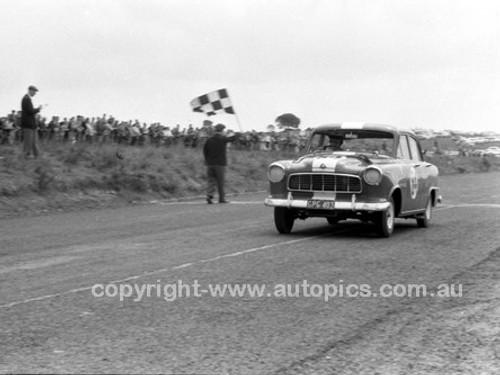 59125 -  John Raeburn Holden FE-  Fishermans Bend - 1959 - Photographer Peter D'Abbs