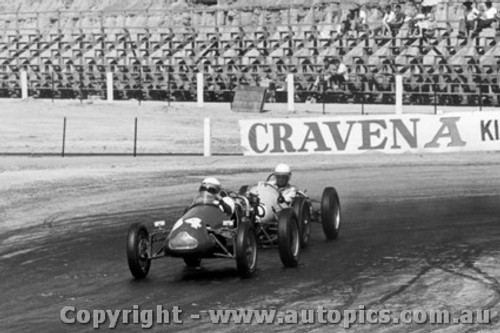 61509 - G. North Cooper Irving and A. Staton BRM 500 Hume Weir 1961