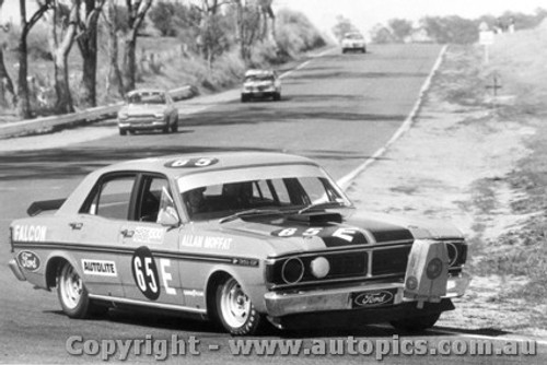 71734  -  Allan Moffat  -  Bathurst 1971 -1st Outright & Class E winner - Ford Falcon GTHO