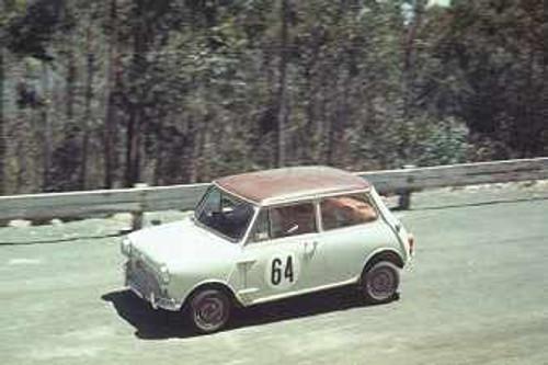 68160 - A. Moore Morris Cooper S - Lakeland Hillclimb December 1968