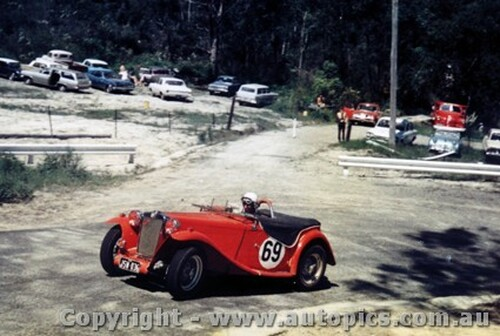 68168 - R. Daniel MGTC - Lakeland Hillclimb December 1968