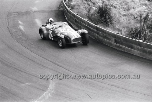 Catalina Park Katoomba - 8th November 1964 - Code 64-C81164- 35