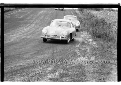 D. Calvert & J. Youl, Porsche - Phillip Island - 27th October 1957 - Code 57-PD-P271057-047