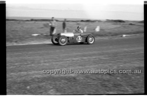 A. grosvenor, Austin 7 - Phillip Island - 27th October 1957 - Code 57-PD-P271057-064