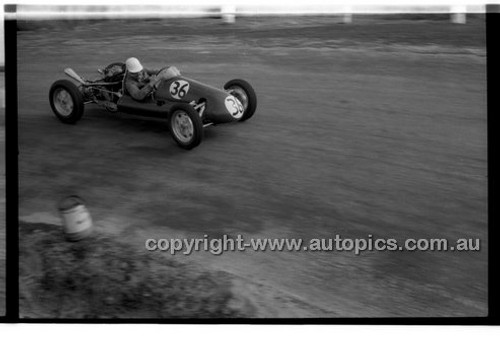 J. French, Cooper - Phillip Island - 27th October 1957 - Code 57-PD-P271057-068