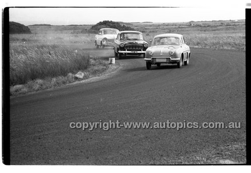L. Symes, Renault Dauphine - Phillip Island - 26th December 1957 - Code 57-PD-P261257-019