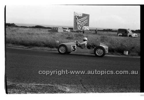 J. Bryson, Cooper Vincent - Phillip Island - 26th December 1957 - Code 57-PD-P261257-067