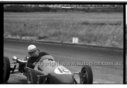 Phillip Island - 1958 - 58-PD-PJan 58-016