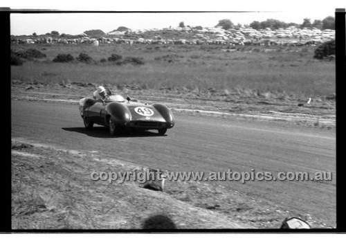 J. Ampt, Decca Special - Phillip Island - 26th December 1958 - 58-PD-PI261258-063