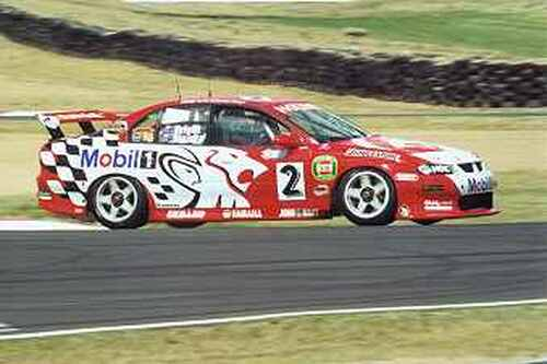 202023 - J. Bright / T. Mezera - Holden Commadore VX -  Bathurst 2002