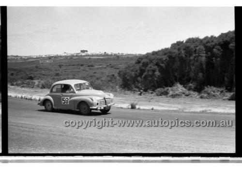 N. McKay, Morris Minor - Phillip Island - 26th December 1958 - 58-PD-PI261258-145