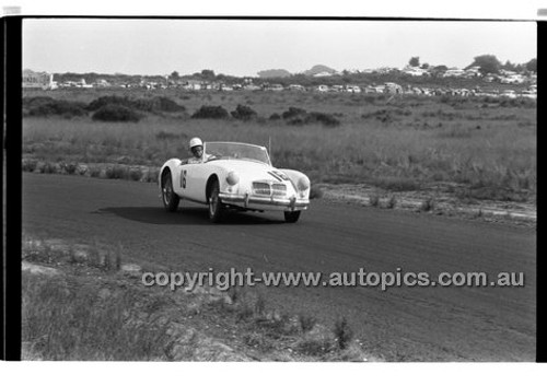B. Burnett, MG A - Phillip Island - 30th March  1959 - 59-PD-PI30359-043
