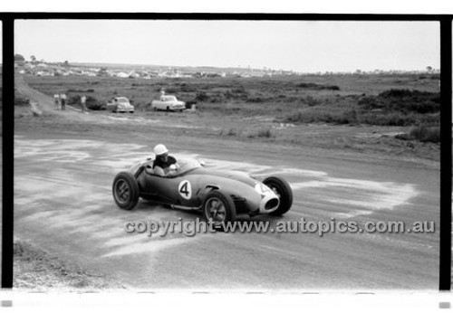 Phillip Island - 13th December  1959 - 59-PD-PI231259-004