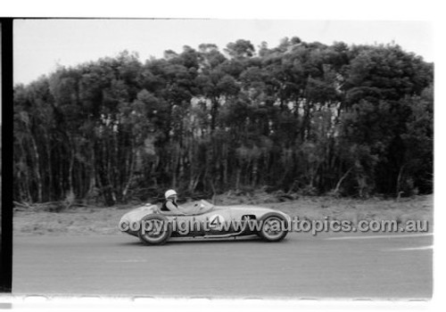 Phillip Island - 13th December  1959 - 59-PD-PI231259-006