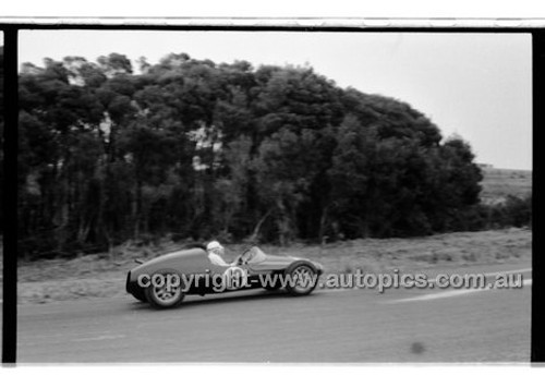 Phillip Island - 13th December  1959 - 59-PD-PI231259-009
