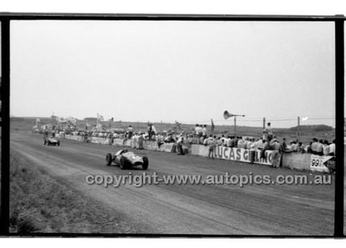 Phillip Island - 13th December  1959 - 59-PD-PI231259-017