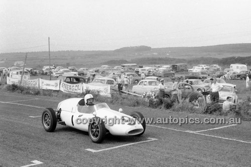 Phillip Island - 13th December  1959 - 59-PD-PI231259-019