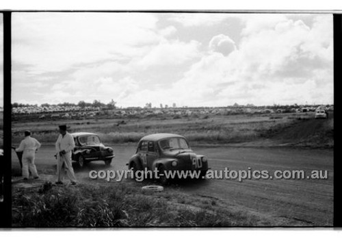 L. Park, Renault - Phillip Island - 13th December  1959 - 59-PD-PI231259-149