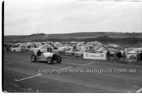 A. Tyrell, Austin 7 - Phillip Island - 25th October  1959 - 59-PD-PI251059-019