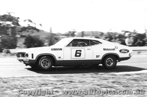 73027 - F. Gibson Ford Falcon - Sandown 250 1973
