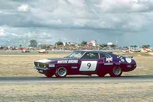 75018 - Allan Moffat Falcon XBGT - Calder 1975