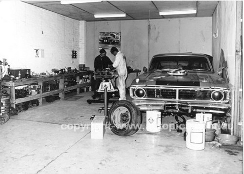 710012 - Allan Moffat Super Falcon XY GTHO - 1971