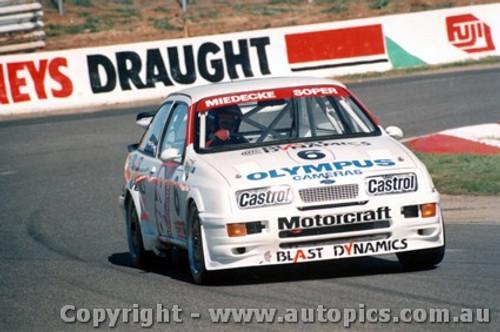 88713  - A. Miedecke / S. Soper   Ford Sierra RS500 - Bathurst 1988