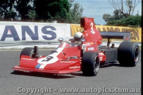 77623 - Warwick Brown Lola 430 Chev  -  Sandown 1977