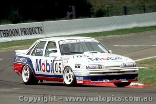 87728  -  Brock / Parsons / McLeod  -  Bathurst 1987 - 1st Outright -  Commodore VL