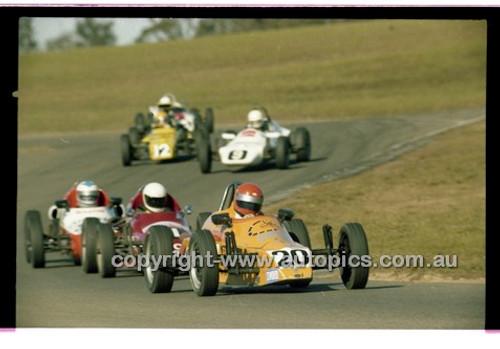 Keith Franks, Elfin Vee - Oran Park 6th July 1980  - Code - 80-OPC6780-004