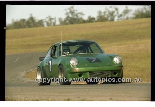 Chris Hones, Porsche 911 - Oran Park 6th July 1980  - Code - 80-OPC6780-008