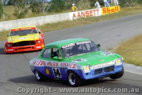 76019 - G. Rogers Ford Escort / J. Richards  Ford Mustang  - Oran Park 1977