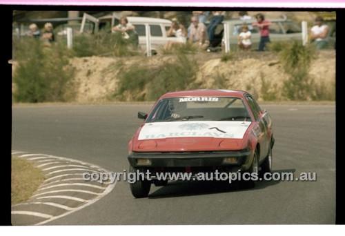 Bob Morris, Triumph TR7 - Amaroo Park 6th April 1980 - Code - 80-AMC6480-017