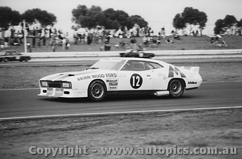 79019 -  J. Richards Ford Falcon - Calder 1979