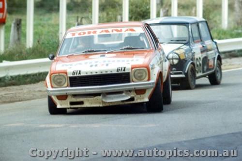 74726  -  P. Brock / B. Sampson Holden Torana SLR5000 - J. Leighton/ J. Dellaca Morris Cooper S -  Bathurst 1974
